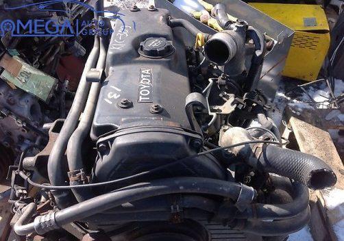 Двигатель на Toyota Hiace 2L