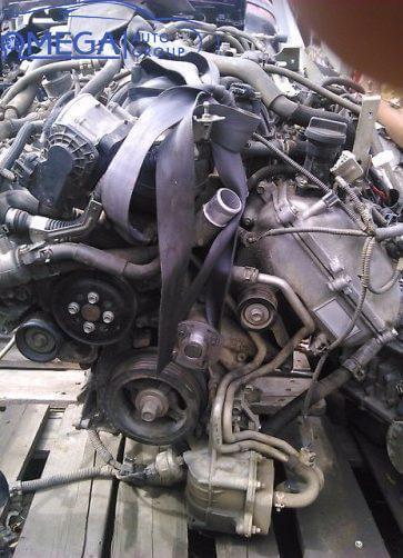 Двигатель на Toyota Land Cruiser 1UR-FE