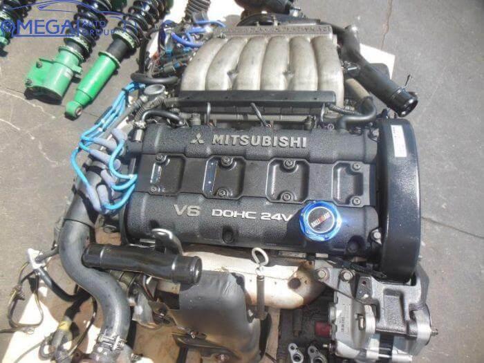 Двигатель на Mitsubishi Montero 6G72