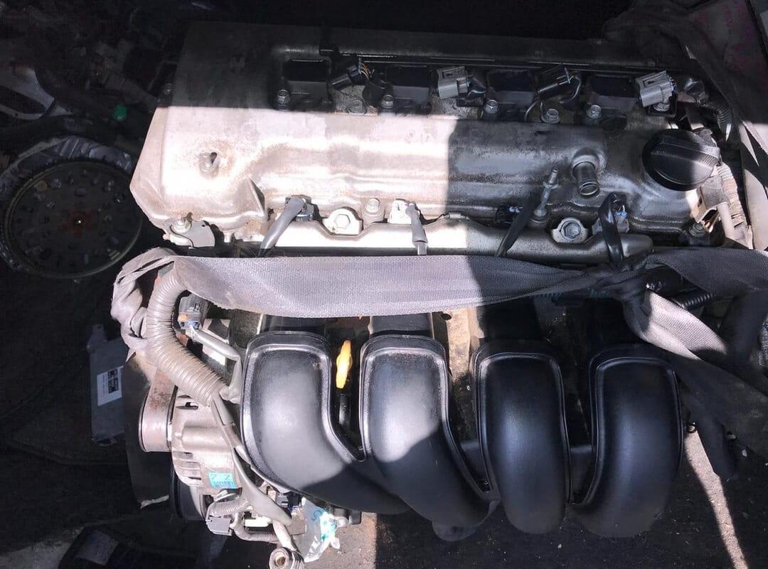 Двигатель на Toyota Avensis 1ZZ-FE (ДРОССЕЛЬ ЭЛ.)